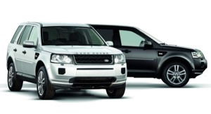 land_rover_adds_new_limited_edition_black_white_models_to_the_2013_freelander_2_range_evw81